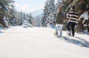Altenmarkt-Zauchensee-TourismusWinterSportBewegungSchneeschuhwandernPaar